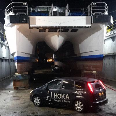 Hoka Erhvervsgulve Esbjerg har netop monteret nye tæpper i dette fartøj